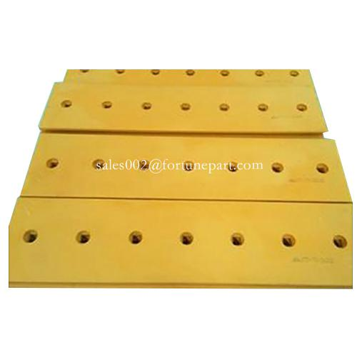 Caterpillar bulldozer blades